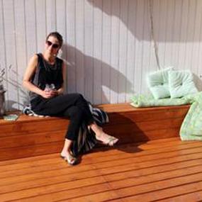 Terrasse behandlet med Pinotex Terrasseolie Plus
